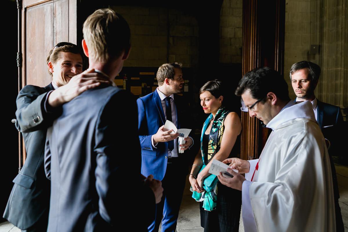 Solidarité humour amour mariage cérémonie religieuse angers église Saint Serge Jérémy Fiori photographe de mariage