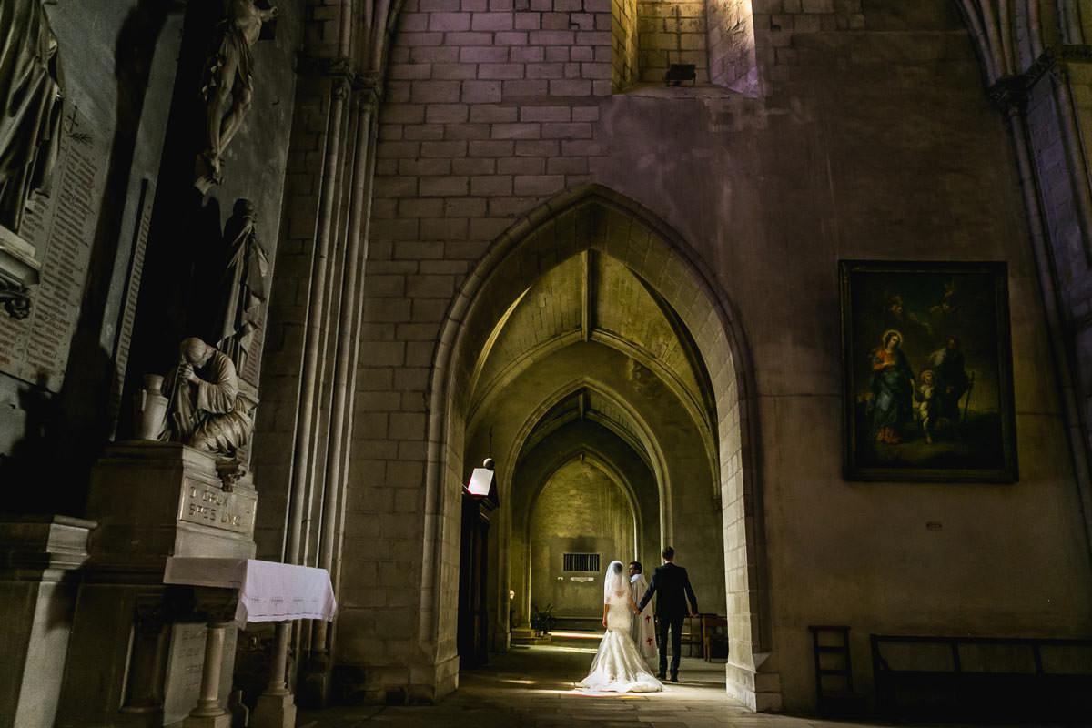 bouquet à la vierge église saint serge mariage mariés Jérémy Fiori photographe angers