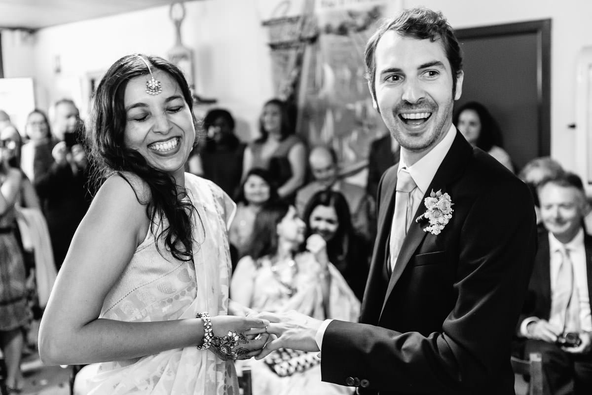 Civil ceremony at Brillac Sarzeau's townhall by Jeremy Fiori french wedding photographer