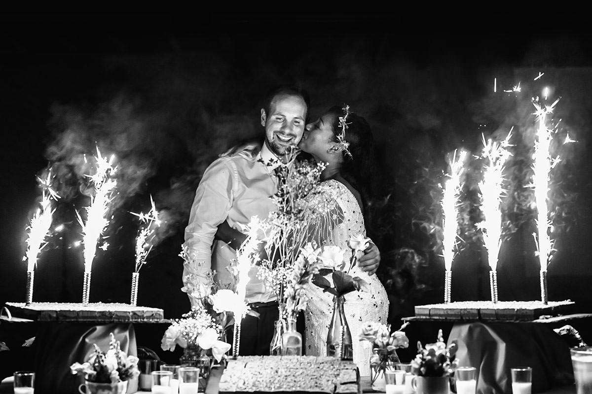 Wedding cake domaine de marchais-bouchet - © Jeremy Fiori