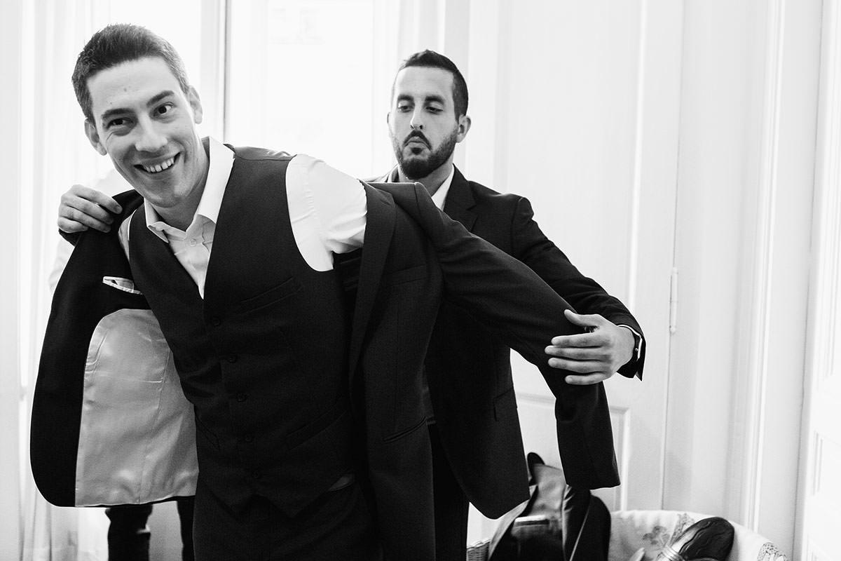 Préparatifs du marié © Jérémy Fiori photographe angers