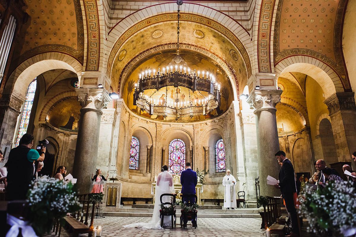 Mariés dans la Paroisse Catholique Saint Martin d'Ainay © Jérémy Fiori photographe angers