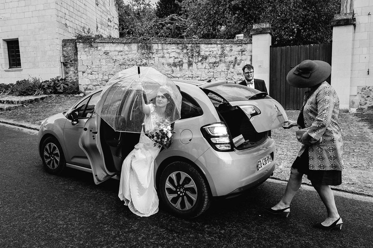 Un mariage à l'église de Cuneau près d'Angers - Photo : Jérémy Fiori photographe de mariage à Angers