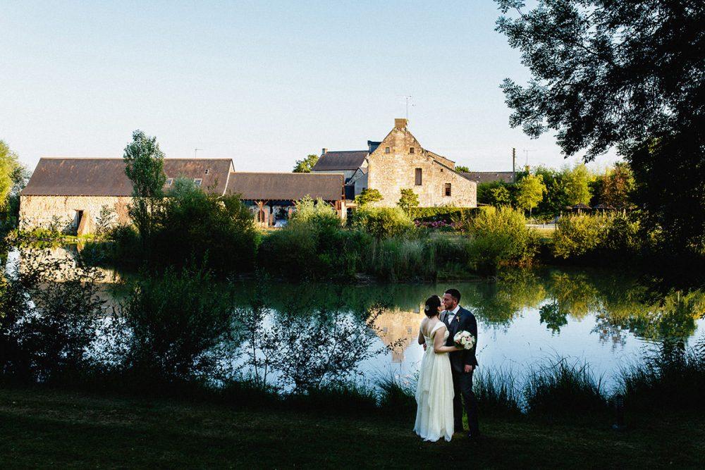 Mariage au prieuré Saint Ellier - Jérémy Fiori Photographe mariage Angers